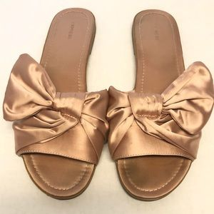 Express flats slides size 10 with bow pink shoes
